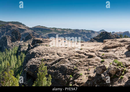 Tourists in the Nublo Rural Park, in the interior of the Gran Canaria Island, Tejeda, Canary Islands, Spain - Stock Image