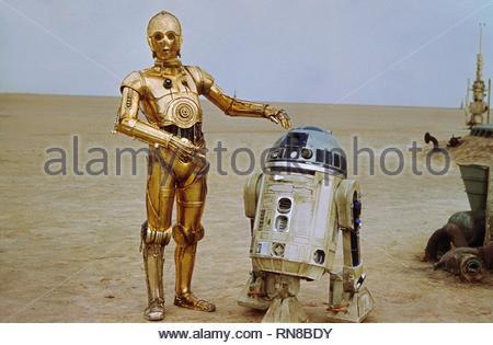 STAR WARS, ANTHONY DANIELS , KENNY BAKER, 1977 - Stock Image