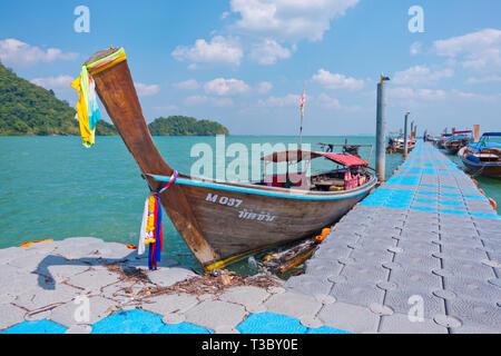 East Railay floating pier, Railay, Krabi province, Thailand - Stock Image