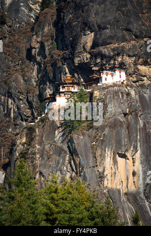 Tiger's Nest (Taktshang) Monastery, perched on cliff near Paro, Bhutan - Stock Image
