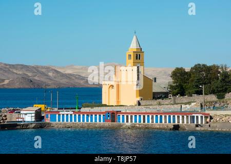 Kroatien, Kvarner Bucht, Karlobag, Kirche Sveti Karlo Boromejski, von der einst auf den Fundamenten der St. Johannes Kirche errichteten Kirche sind na - Stock Image