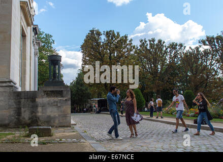 Paris, France, Tourists Visiting French Cemetery, 'Pere Lachaise' - Stock Image