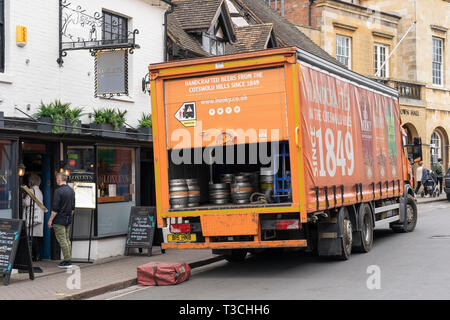 A lorry delivering cask ale to Loxley's restaurant and wine bar in Stratford upon Avon, England - Stock Image