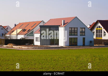 MODERN DETACHED HOUSES, NEW BUILDING, FAMILY HOME,  DWELLING HOUSE, RESIDENTIAL AREA, FELLBACH, BADEN-WURTTEMBERG, - Stock Image