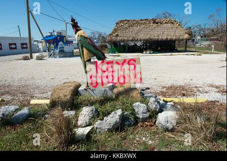 A handwritten sign reading Keys Strong sits on the side of the Overseas Highway in the aftermath of Hurricane Irma - Stock Image