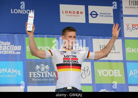 London, UK.  11th September 2016. Tour of Britain stage 8, circuit race.  Andre Griepel wins the combativity award - Stock Image