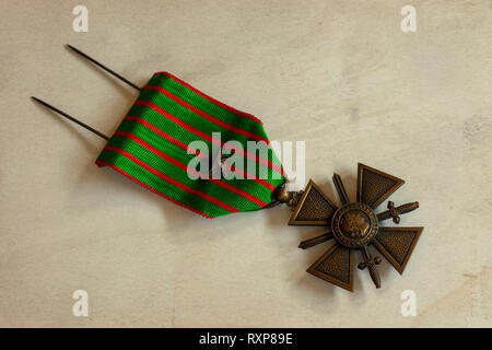 French Croix de Guarre medal from World War One with bronze star - Stock Image