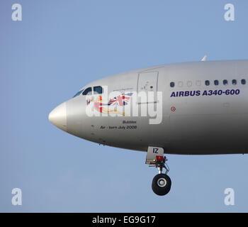 Nose art, Virgin Airbus A340-600 G-VFIZ 'Bubbles' - Stock Image