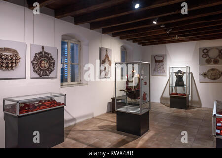 Armour & Jewellery displays, Ethnographic Museum, Split, Croatia - Stock Image