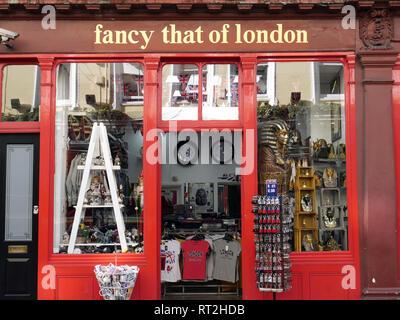 Fancy that of London, souvenir shop, opposite the British Museum, London - Stock Image