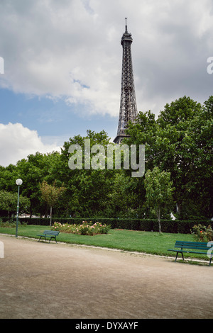 View of the Eiffel Tower as seen from the southern bank of the river Seine. - Stock Image
