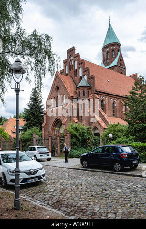 Holy Family Church, Berlin-Lichterfelde, Red Brick Gothic revival-style building designed by Architect Christoph Hehl and built 1902-4, Catholic Paris - Stock Image