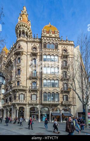 Casa Antoni Rocamora modernist buildingby architect Joaquim & Bonaventura Bassegoda. Barcelona, Catalonia, Spain - Stock Image