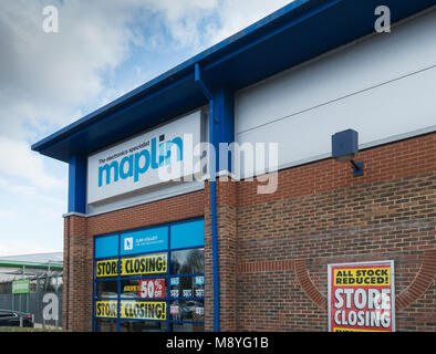 Maplin retail store Bedford UK - Stock Image