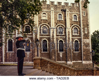Tower of London, London England 1985 Photographs taken with permission for Illustrated London News magazine in 1985 where I had access behind the scenes before and after The Tower opened and closed to the public. The Tower of London, officially Her Majesty's Royal Palace and Fortress of the Tower of London, is a historic castle located on the north bank of the River Thames in central London. It lies within the London Borough of Tower Hamlets, separated from the eastern edge of the square mile of the City of London by the open space known as Tower Hill. It was founded towards the end of 1066 as - Stock Image