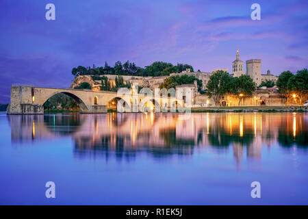 Saint-Benezet bridge, Popes palace, Palais des Papes, UNESCO,  Rhone, Avignon, Provence, France - Stock Image