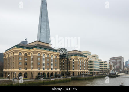 architecture, dull spring day, gray day, grey day, London uk, River Thames, The Horniman At Hays, The Horniman At Hay's, The Shard - Stock Image