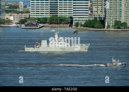 A Kingston-class coastal defense vessel HMCS Glace Bay from Canadian Forces Base Halifax came up the Hudson River during Fleet Week in New York City. - Stock Image