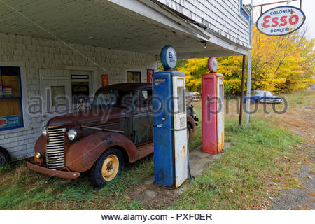Old gas station, Maine, USA - Stock Image