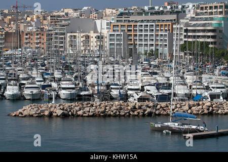 A forest of masts at Msida and Ta' Xbiex Yacht Marina, Malta - Stock Image