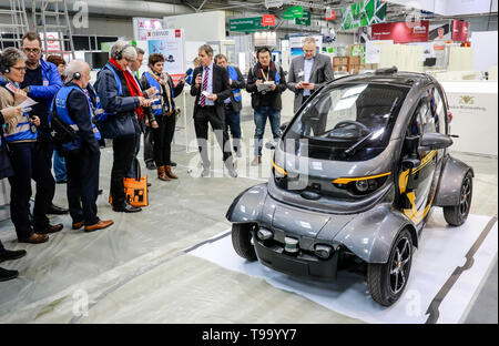 31.03.2019, Hannover, North Rhine-Westphalia, Germany - Hannover Messe, Leichtbau-Auto at the booth Leichtbau from Baden-Wuertemberg, here on the pres - Stock Image