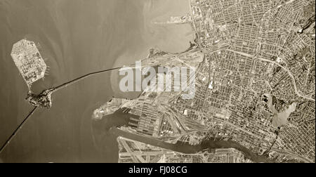 historical aerial photograph Oakland, California, 1970 - Stock Image