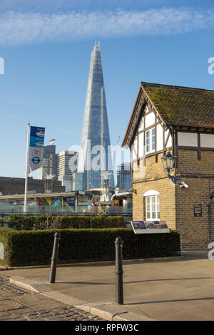 The London Shard seen from the warfingers house on the banks of the river Thames - Stock Image