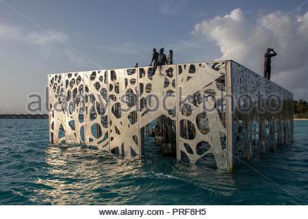 Coralarium sculpture installation in Maldives - Stock Image