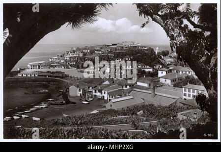 General view of Camara de Lobos (Chamber of the Sealions), a coastal suburb to the west of Funchal, Madeira.     Date: circa 1930 - Stock Image