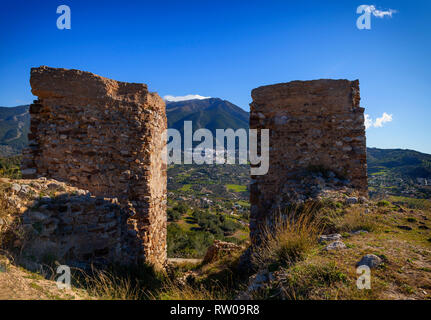 The ruined castle of Zalia or Zalía was a fortress located in the municipality of Alcaucín , in the province of Málaga, Andalucia, Spain. The castle i - Stock Image