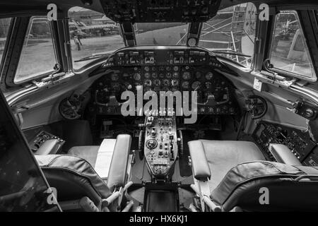 WEYBRIDGE, SURREY, UK - AUGUST 9, 2015: Interior view of a vintage Vickers 806 Viscount aeroplane cockpit at Brooklands - Stock Image