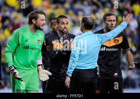 Mapfre stadium, USA. 23rd April, 2016. .Houston Dynamo plead with the official about Houston Dynamo goalkeeper Tyler - Stock Image