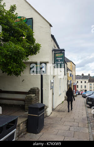 Barkers Fish and Chips restaurant and takeaway in Market Place, Richmond, Yorkshire. - Stock Image
