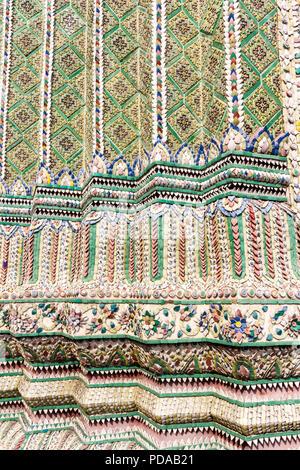 Ceramic tile detail, Grand Palace, Bangkok, Thailand - Stock Image