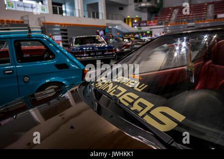 Bielsko-Biala, Poland. 12th Aug, 2017. International automotive trade fairs - MotoShow Bielsko-Biala. Crew Grinders caption on a car window. Credit: Lukasz Obermann/Alamy Live News - Stock Image