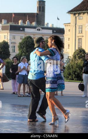 Tango Argentino milonga street dancing in Vienna, Austria - Stock Image