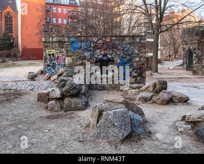 Berlin Mitte, Heinrich-Zille-Park,Stone play-castle in Children's adventure playground in Bergstraße, - Stock Image