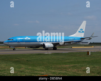 PH-BXH KLM Royal Dutch Airlines Boeing 737-8K2(WL) - cn 29597 2 - Stock Image