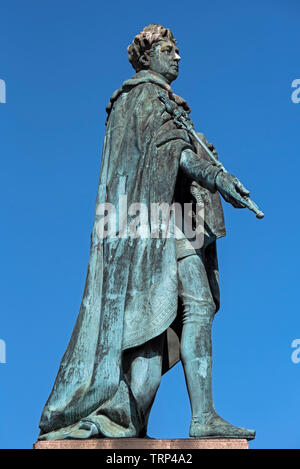The statue of King George IV in George Street, Edinburgh was erected to commemorate the visit of George IV to Scotland in 1822. - Stock Image