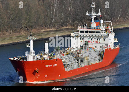 LPG Tanker Happy Bird passing the Kiel-Canal - Stock Image