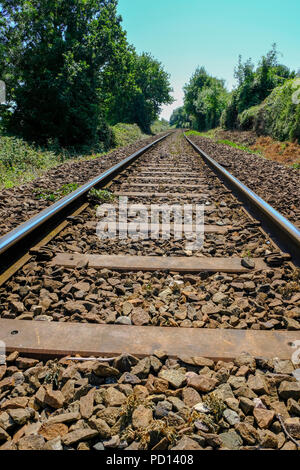Railway track on the Exmouth to Exeter Avocet line, East Devon, England, UK - Stock Image