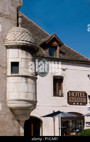 Detail of architecture of Hotle Athanor Rue del la Republique Beaune Burgundy France - Stock Image