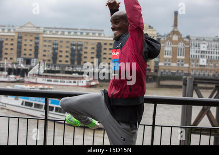 London, UK. 24th Apr, 2019. Sir Mo Farah(GB) attends The London Marathon Elite Mens Photocall which takes place outside the Tower Hotel with Tower Bridge in the background ahead of the Marathon on Sunday. Credit: Keith Larby/Alamy Live News - Stock Image