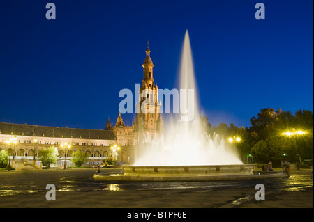 Plaza de Espana at night, Seville, Andalucia, Spain - Stock Image
