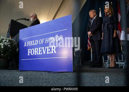 U.S President Donald Trump and First Lady Melania Trump participate a memorial ceremony on the 9/11 anniversary at the Flight 93 National Memoriald September 11, 2018 in Shanksville, Pennsylvania. - Stock Image