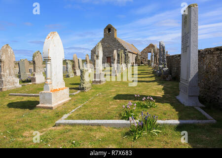 Old St Mary's church and gravestones in churchyard. On site of one of earliest Scottish chapels. Burwick South Ronaldsay Orkney Islands Scotland UK - Stock Image