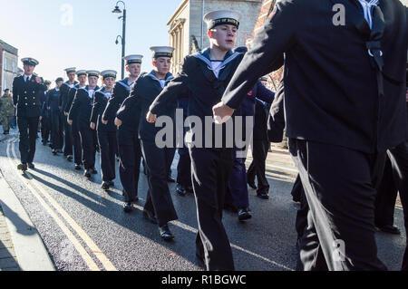 Trowbridge, Wiltshire, UK. 11th Nov, 2018. Sea cadets in remembrance parade Credit Estelle Bowden/Alamy Live news - Stock Image