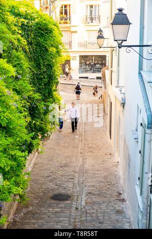 France, Paris, Butte Montmartre, step alley - Stock Image