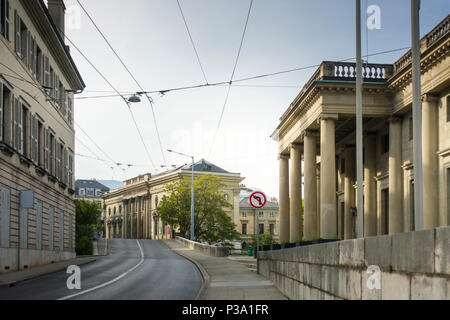 Rue de l'Athenee, Geneva, with the early 19th-century Palais Eynard on the right and 1860s Palais de l'Athenee in the distance. - Stock Image