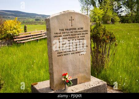 Ireland, Co Leitrim, Manorhamilton, Famine Graveyard, Pauper's Acre memorial stone - Stock Image